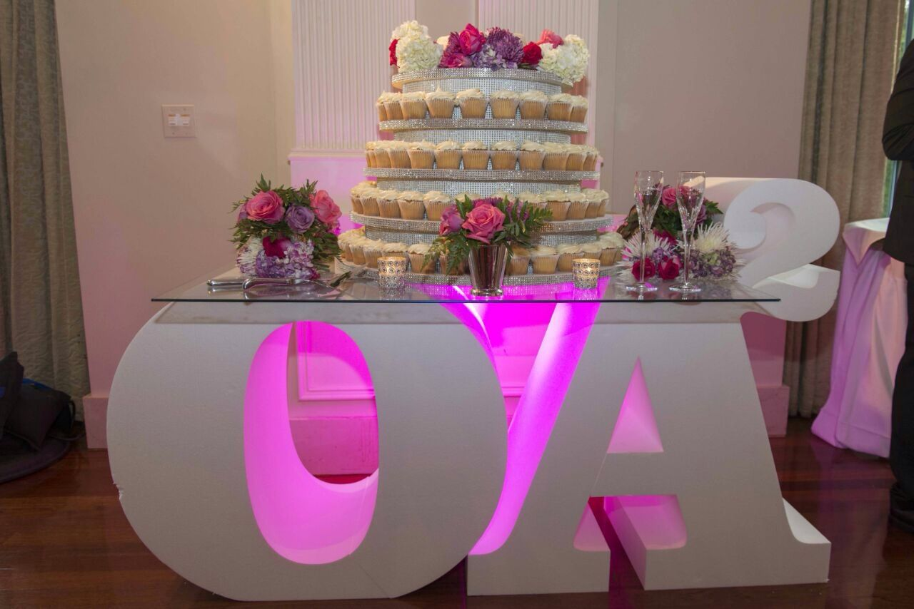Large Foam Letters Spelled Love And The Newlyweds Initials For Custom Wedding Reception Decor